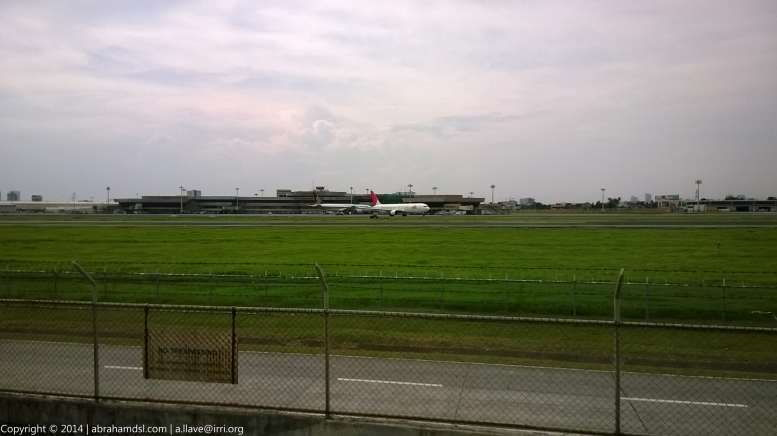 Finally, JAL plane taxiing for take-off.